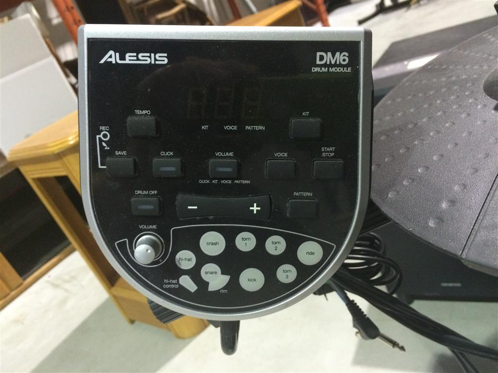 Barga ca: Alesis DM6 Electronic Drum Module Set